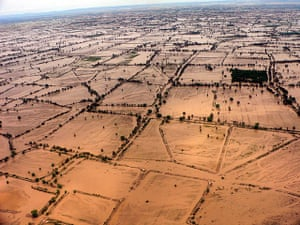 Pakistan aerial: Flood-hit areas on the outskirts of Dera Ismail Khan