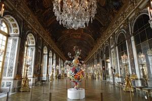 Murakami at Versailles: The sculpture Flower Matango by Japanese artist Takashi Murakami