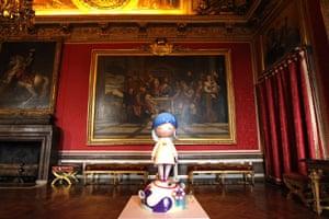 Murakami at Versailles: The sculpture Jellyfish Eyes - Saki, Tatsuya, Max and Shimon