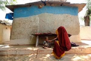 MDG: malnourished children in India