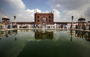 Eid festival: Muslims offer prayers at the Jama Masjid mosque in New Delhi, India