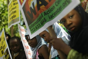 Ground Zero Mosque: Muslim children attend a pro-mosque rally near Ground Zero