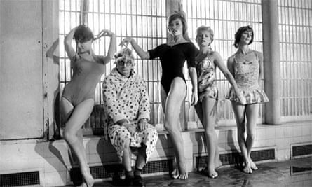 Claude Chabrol, during the making of Les Bonnes Femmes