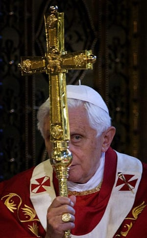 Pope Day 2: Pope Benedict XVI at Westminster Cathedral