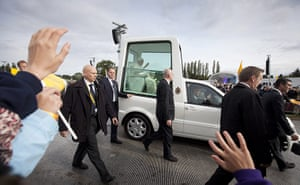 pope in birmingham: The Pope arrives at Cofton Park, Birmingham