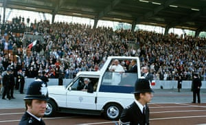 Pope 1982 Visit: Pope John Paul II at Crystal Palace, visit to Britain 1982