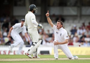 sport: England v Pakistan: 3rd npower Test - Day Two