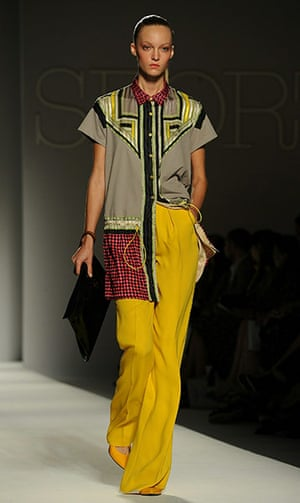 Milan Fashion Week Day 2: Milan Fashion Week Womenswear Sportmax S/S 2011