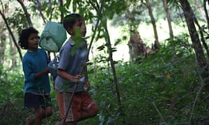 Children in Siem Reap hunt for butterflies