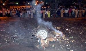 25 dead, at least 50 injured in Mumbai terror attacks