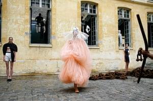 Paris fashion week: Nana Aganovich spring/summer 2011 Paris fashion week