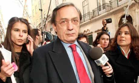 TV presenter Carlos Cruz