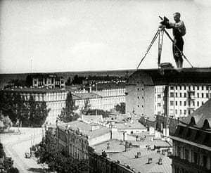 top ten: documentaries: 'The Man with a Movie Camera' film - 1929