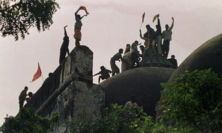 Ayodhya mosque attacked in 1992