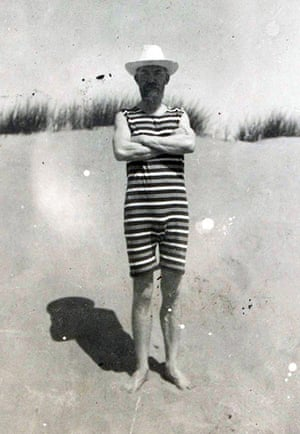 George Bernard Shaw: Shaw standing, arms crossed, on a beach