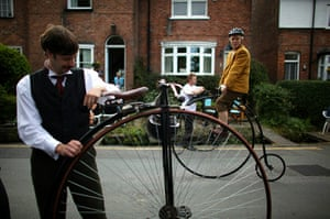 Bike blog: Enthusiasts Gather For Knutsford's Ten Yearly Penny Farthing Race