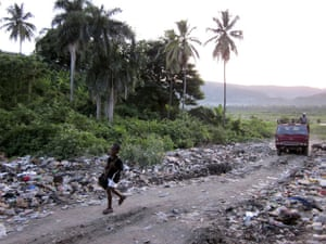 Haitian teenagers: document their nation though unique photographs in Jacmel