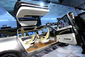 Detroit Motor Show: The Kia KV7 van concept vehicle