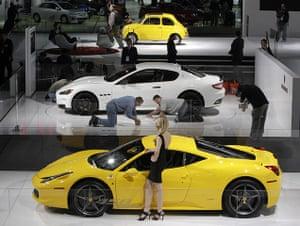 Detroit Motor Show: A model poses with the Ferrari 458 Italia