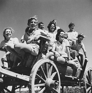 George Pickow: Young Kibbutzniks