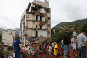 brazil mudslide aftermath: DEATH TOLL RISES UP TO 432 AFTER HEAVY RAINS IN BRAZIL