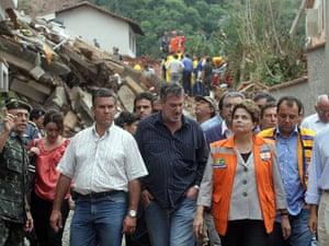 brazil mudslide aftermath: Flooding in Brazil - 13 Jan 2011