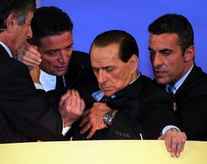 Silvio Berlusconi: November 2006: Silvio Berlusconi faints at the podium