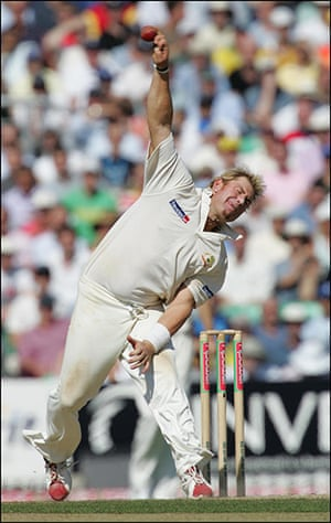 Fat Cricketers: Shane Warne bowling for Australia