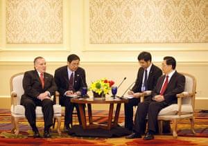 Hu Jintao: Chinese President Hu Jintao confers with Chicago Mayor Richard Daley