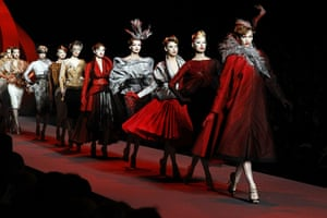 Paris Fashion Week: Christian Dior - Runway - Paris Fashion Week Haute Couture S/S 2011