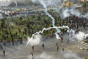 egpyt protests: Tear gas fired by Egyptian police