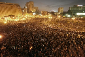 egpyt protests: Egyptian demonstrators in Cairo