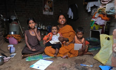 Kommani Lalitha with her daughters - India microfinance