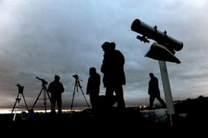 eclipse: Members of the Newcastle Astronomical Society