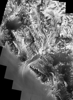 Satellite Eye on Earth: Flowing movement of the Nimrod Glacier