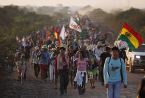 Bolivia Tipnis protests: 16 August: Amazon indigenous people march to La Paz from Tijamuchi