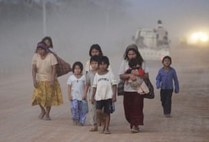 Bolivia Tipnis protests: 16 September: Women and children from the Chiman ethnic group participate