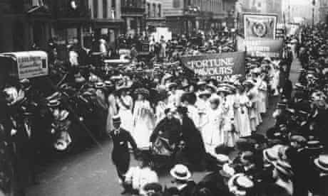 Suffragettes march, London 1912