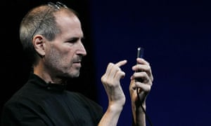 Steve Jobs unveiling the iPhone 4