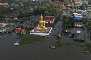 Thailand floods: An aerial view of a flooded area in Nonthaburi