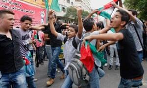 Palestinians celebrate prisoner release in Gaza City