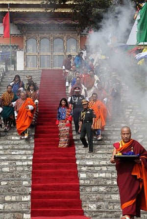 Bhutanese royal wedding: Royal bride Jetsun Pema is welcomed to a traditional Chipdrel