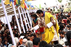 Bhutanese royal wedding: The king and queen meet with local people