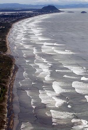 Rena oild spill: Tauranga, New Zealand