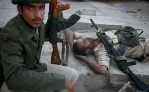 Sirte: Exhausted National Transitional Council fighters in Sirte