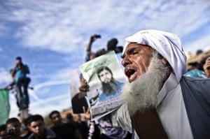 Shalit release: Palestinians celebrate the prisoner swap deal reached