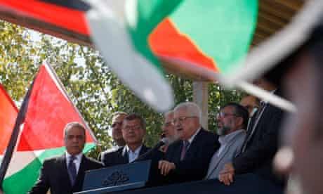 Mahmoud Abbas addresses newly released Palestinian prisoners, Ramallah, 18/10/11
