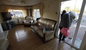 Dale Farm camp: A legal resident leaves her home for safety, Dale Farm
