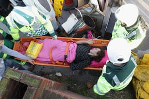 Dale Farm camp: An ill resident, is evicted by police and paramedics, Dale Farm