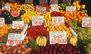 Markets under threat as shoppers go online for fruit and veg